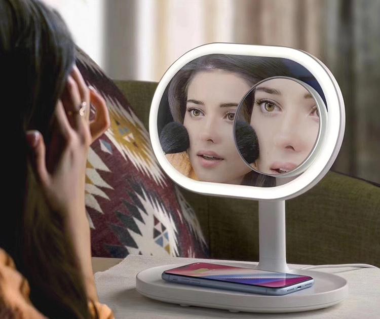 مرآة المكياج الذكية Momax Q.led mirror