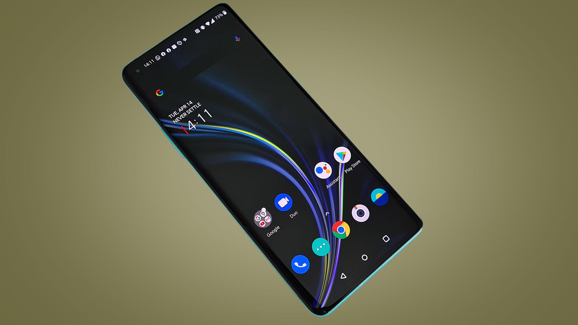 أفضل هاتف ذكي :مقارنة بين هاتفي Oneplus 8 pro و هواوي نوفا 7 SE