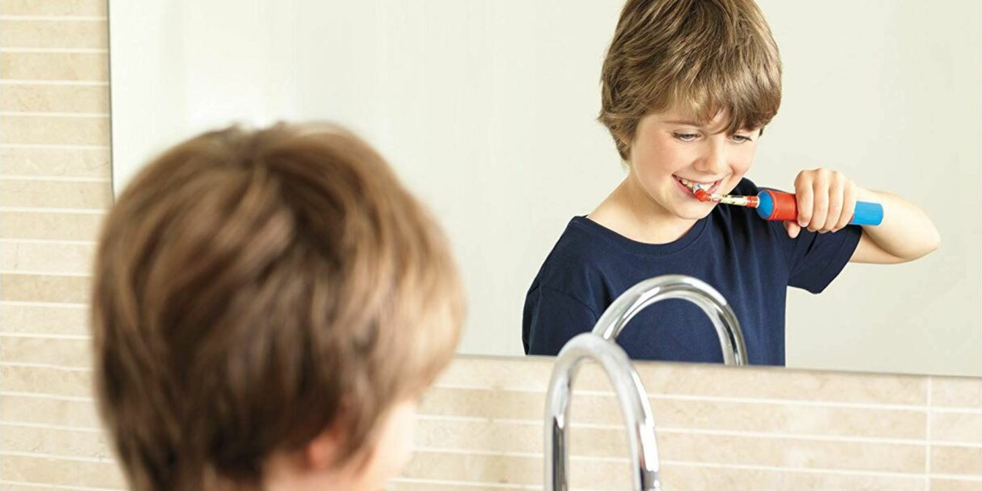 فرشاة الأسنان الكهربائية للأطفال