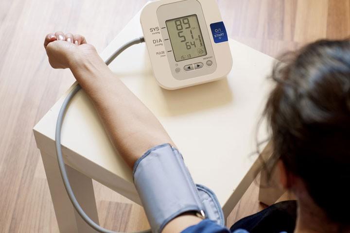أجهزة قياس ضغط الدم