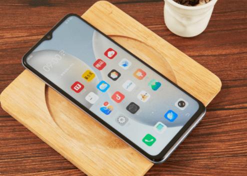 هاتف IQOO Z3: Snapdragon 768G