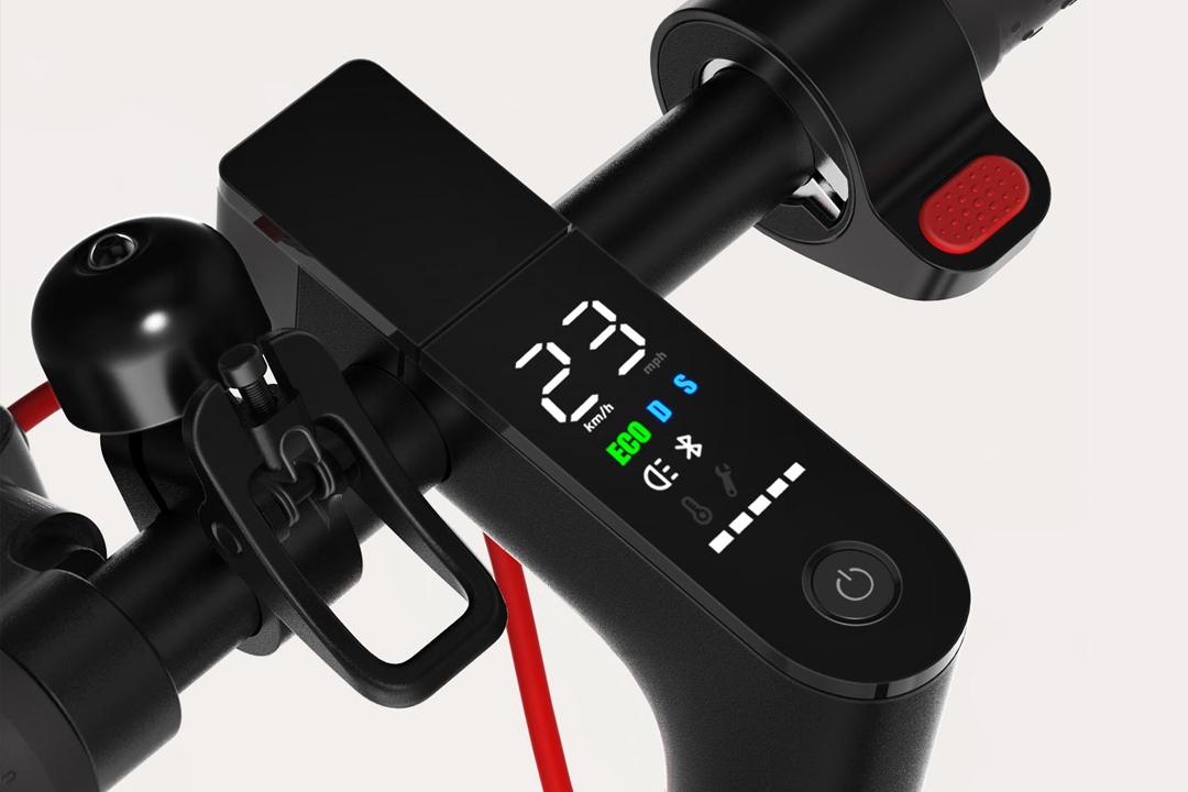 سكوتر Mi Electric Scooter Pro الرائع بمواصفات مثالية من شاومي